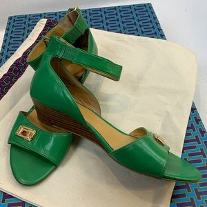 Nine West Green Ankle  Closure Low Wedge Sandal 9